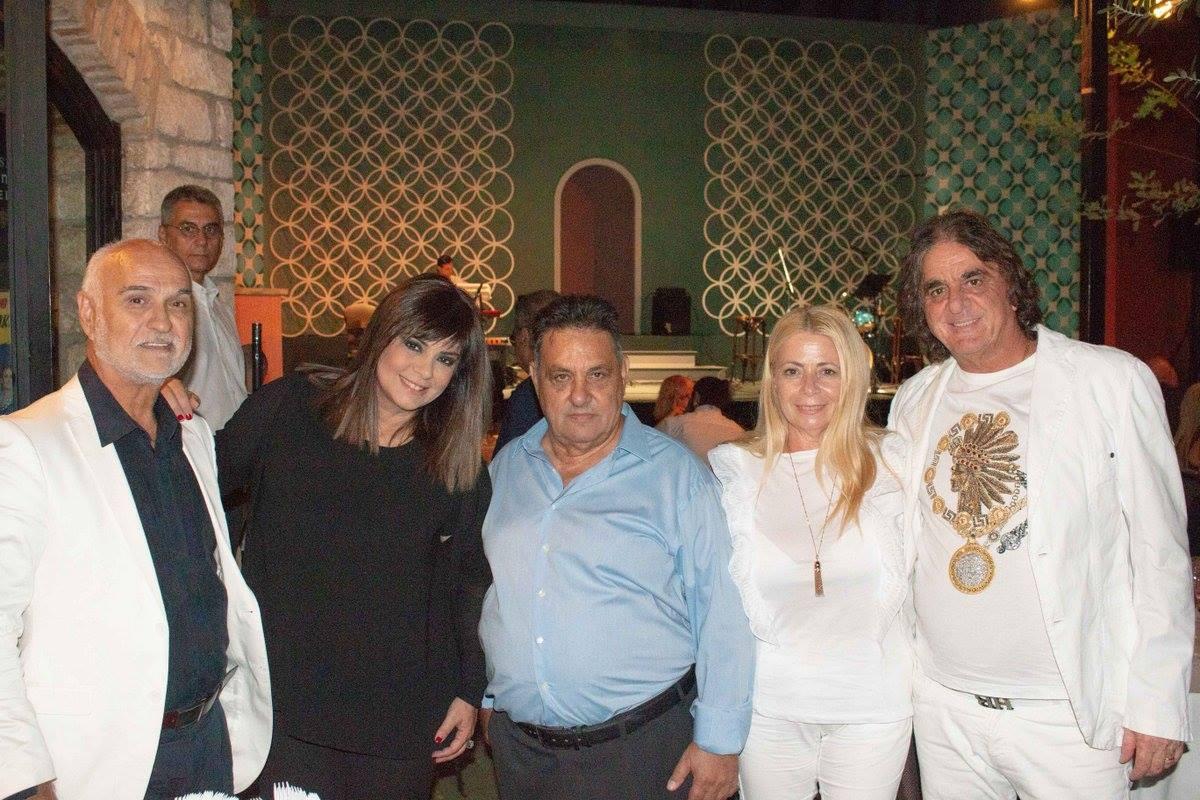 Ανδρέας Ανδριανόπουλος, Βάσια Παναγοπούλου, Δημήτρης Μουζακίτης, Βασίλης Σαβράμης με την γυναίκα του